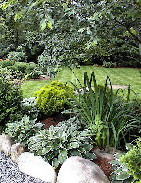 Four Seasons Landscape offers landscape maintenance services ranging from  simple grass cutting to full scale garden and pond maintenance. - Four Seasons Landscape - Maintenance